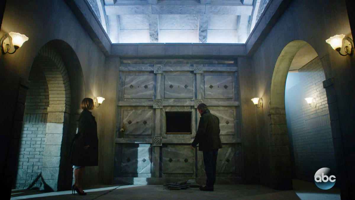 ONCE UPON A TIME: S7 - MAUSOLEUM – SCREEN STILL
