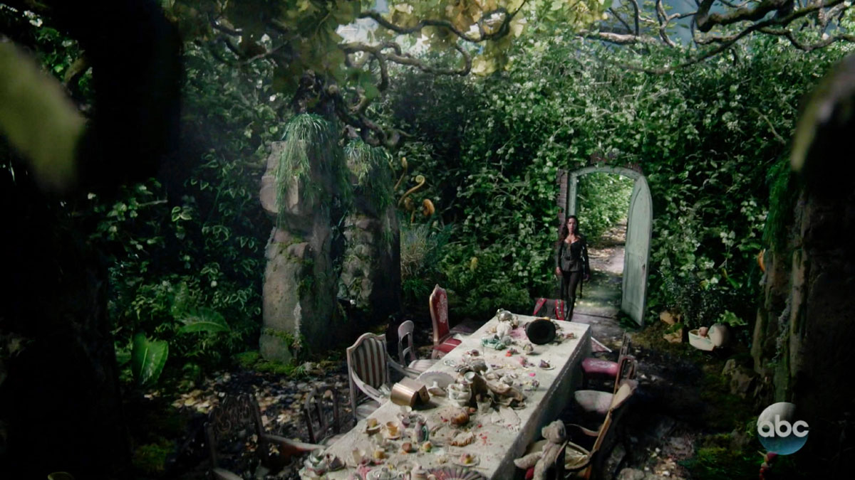 "ONCE UPON A TIME: S7 - MAZE COURTYARD ""TEA PARTY WONDERLAND"" - SCREEN STILL"