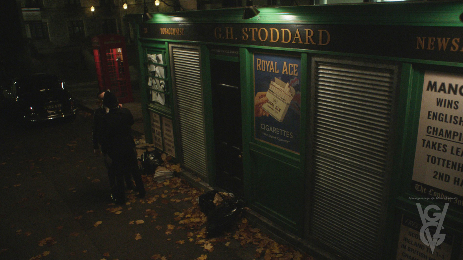 CHARMED: S1 - LONDON NEWSSTAND - DRESSED LOCATION - SCREEN STILL