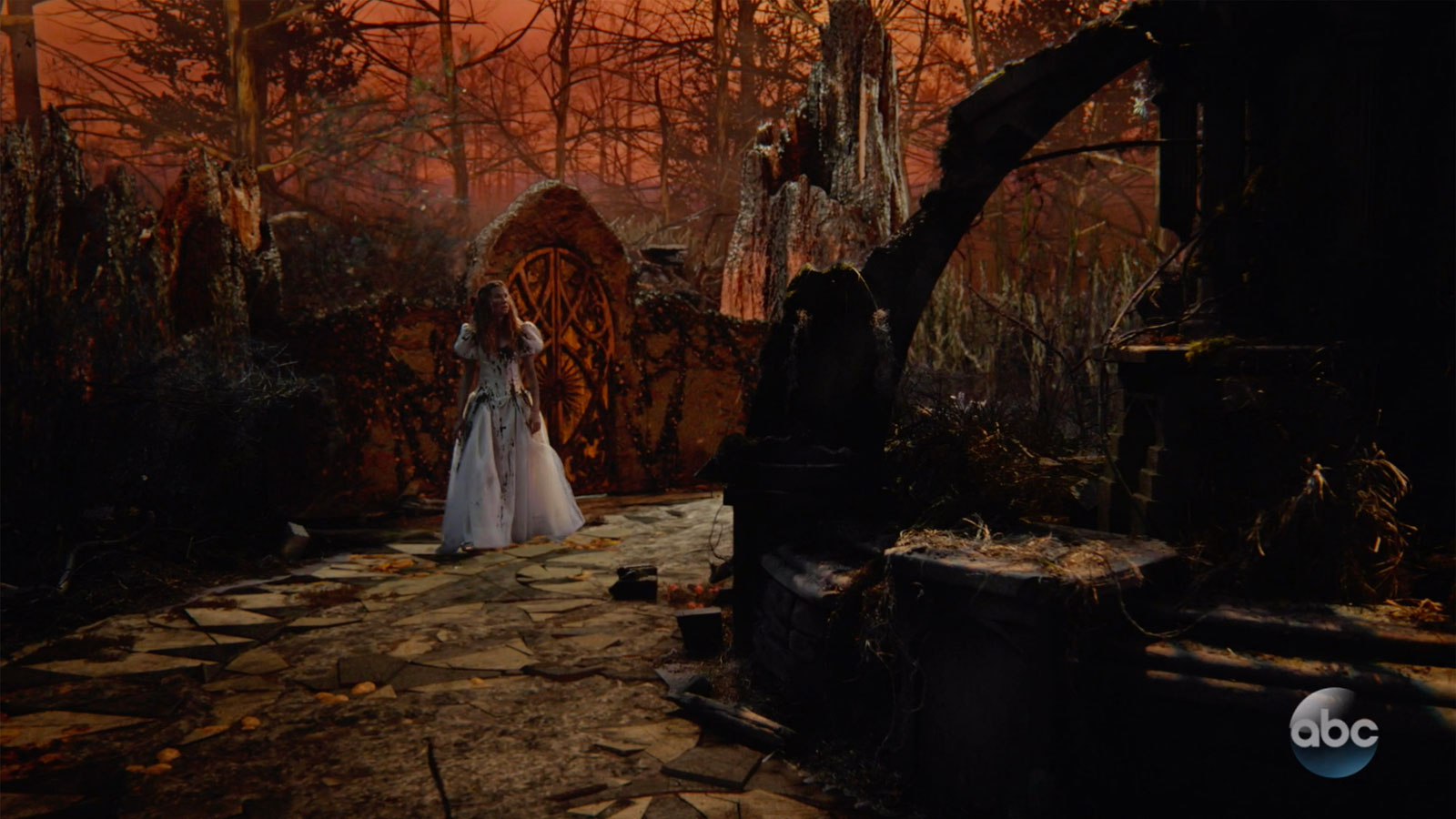 ONCE UPON A TIME: S7 - NYMPH GROVE – SCREEN STILL