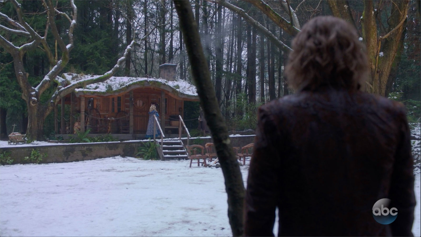 ONCE UPON A TIME: S7 - EXTERIOR CABIN - SCREEN STILL